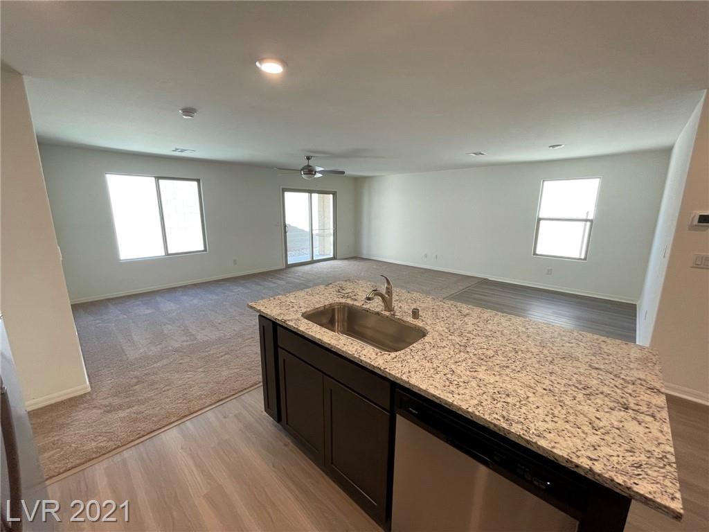 602 Abrazar Avenue Property Photo 6