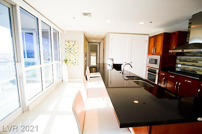 4525 Dean Martin Drive 2208 Property Photo 6