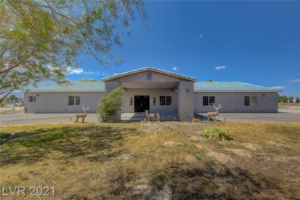 3950 Oakridge Avenue Property Photo 1