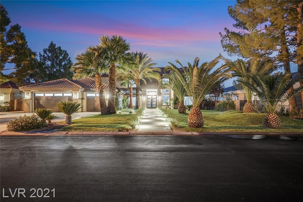 1700 Silver Oaks Street Property Photo 2