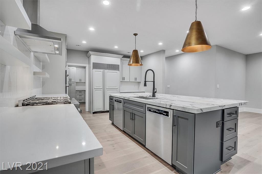1700 Silver Oaks Street Property Photo 16