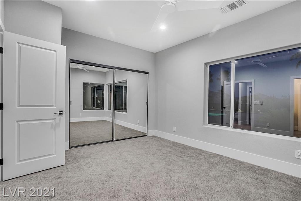 1700 Silver Oaks Street Property Photo 23
