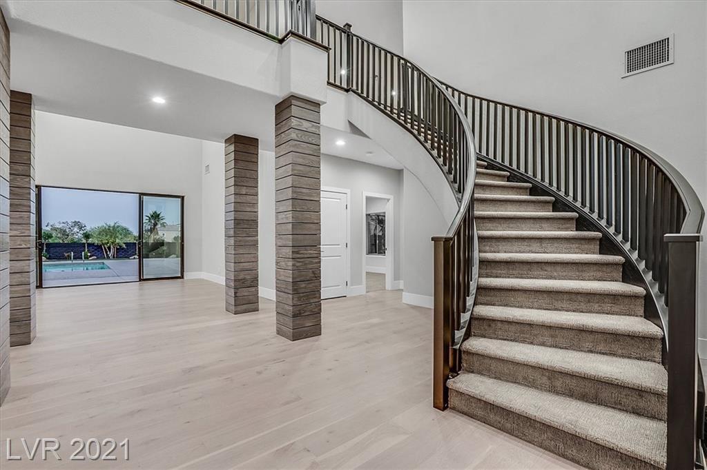 1700 Silver Oaks Street Property Photo 24