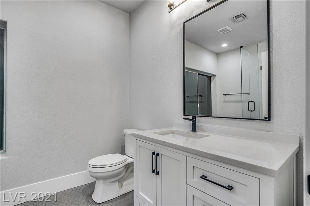 1700 Silver Oaks Street Property Photo 39