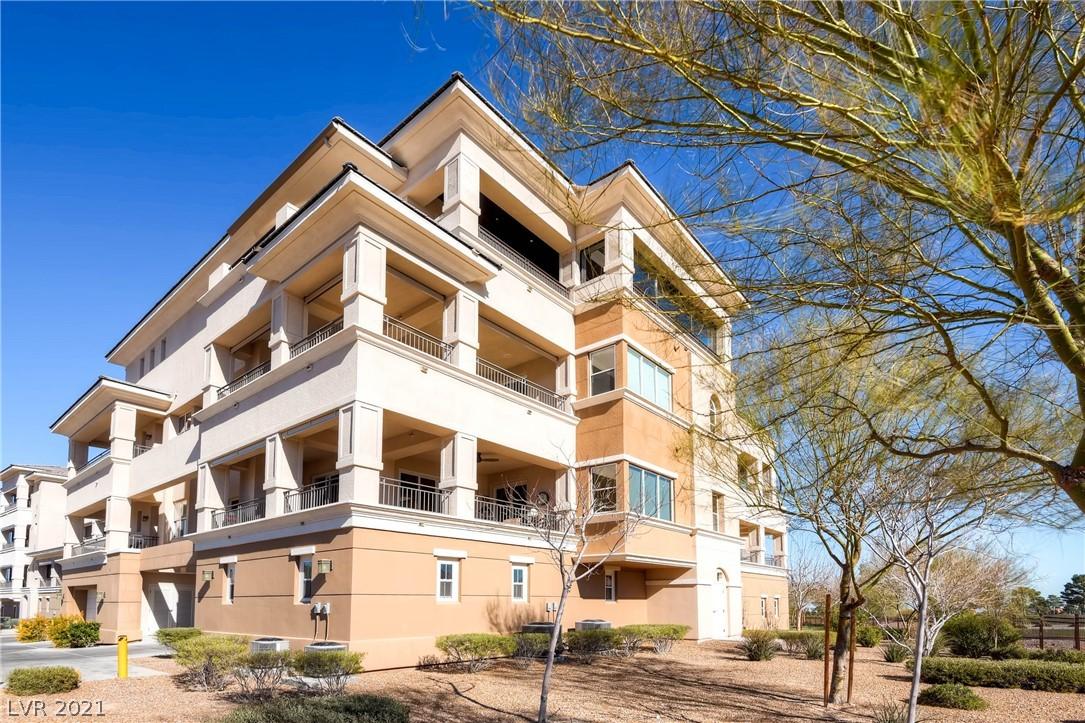 9227 Tesoras Drive 402 Property Photo 27