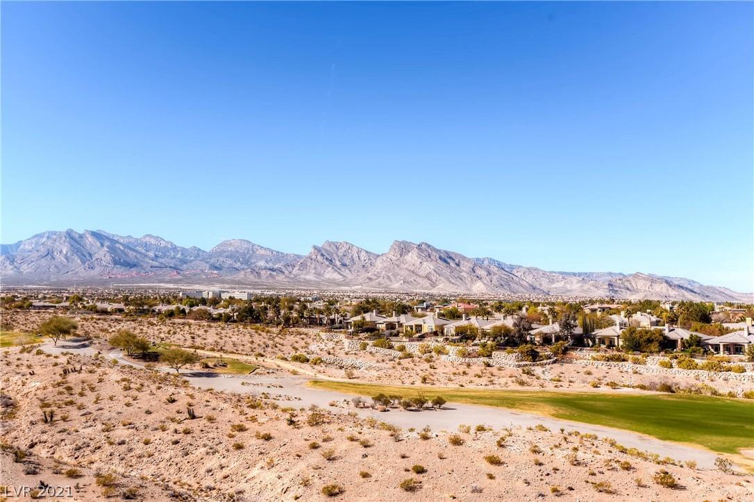 9227 Tesoras Drive 402 Property Photo 38
