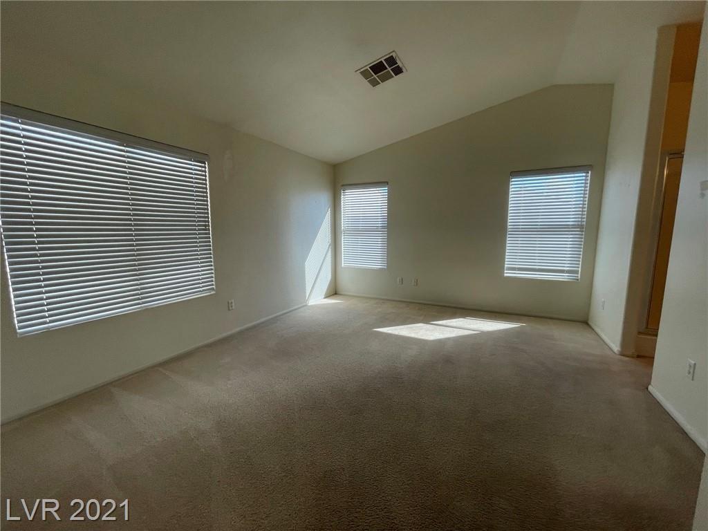 8545 Gracious Pine Avenue Property Photo 12