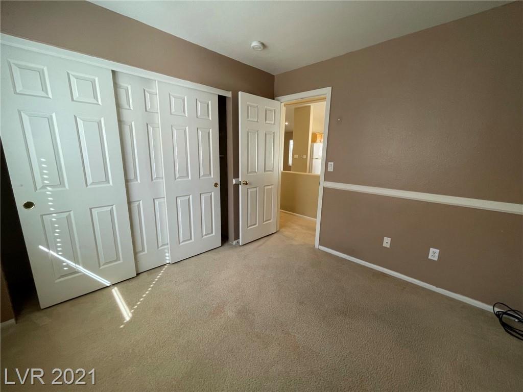 8545 Gracious Pine Avenue Property Photo 18