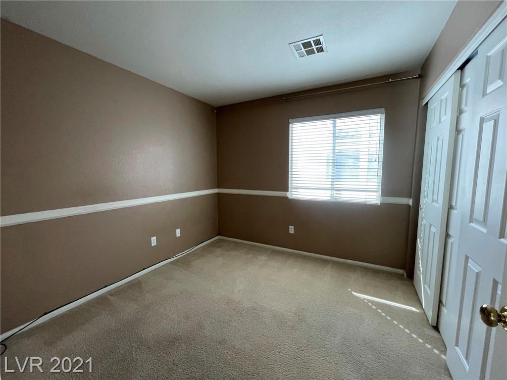 8545 Gracious Pine Avenue Property Photo 21
