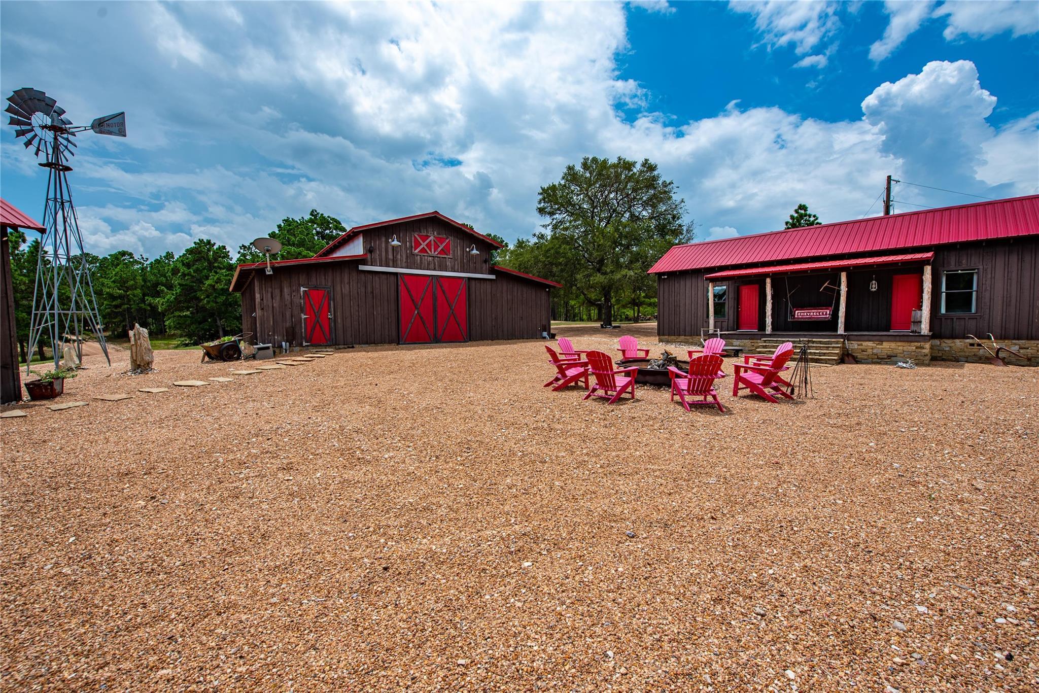 3731 Fm 3011 Property Photo 1