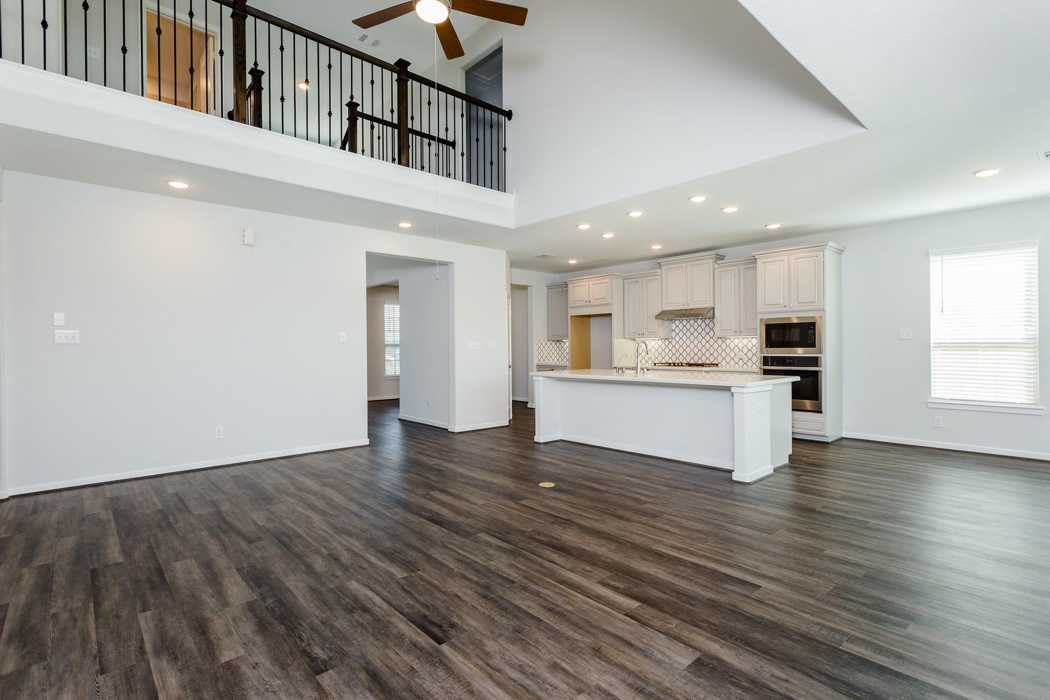439 Barrios Bay Lane Property Photo 13