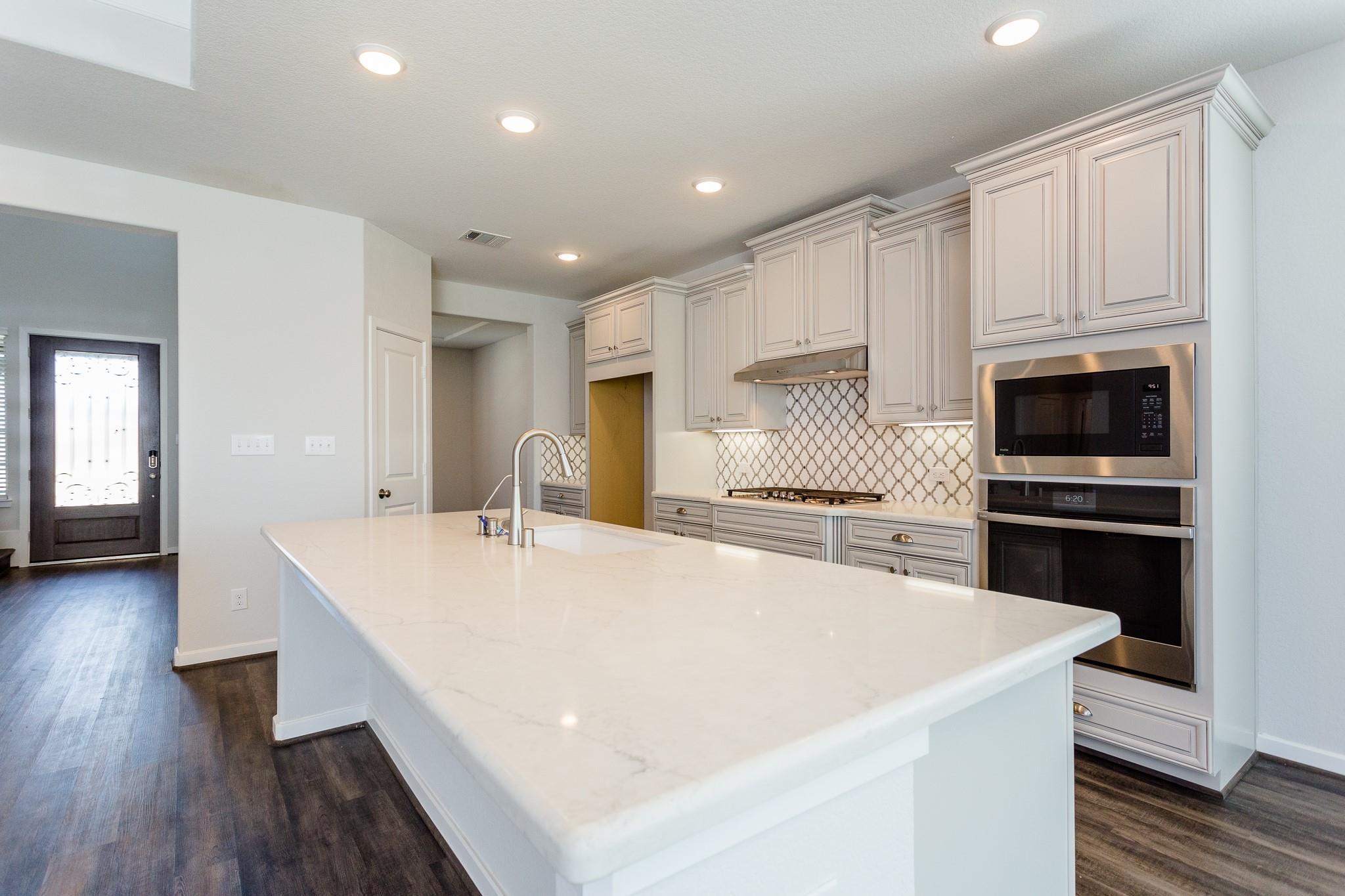 439 Barrios Bay Lane Property Photo 16