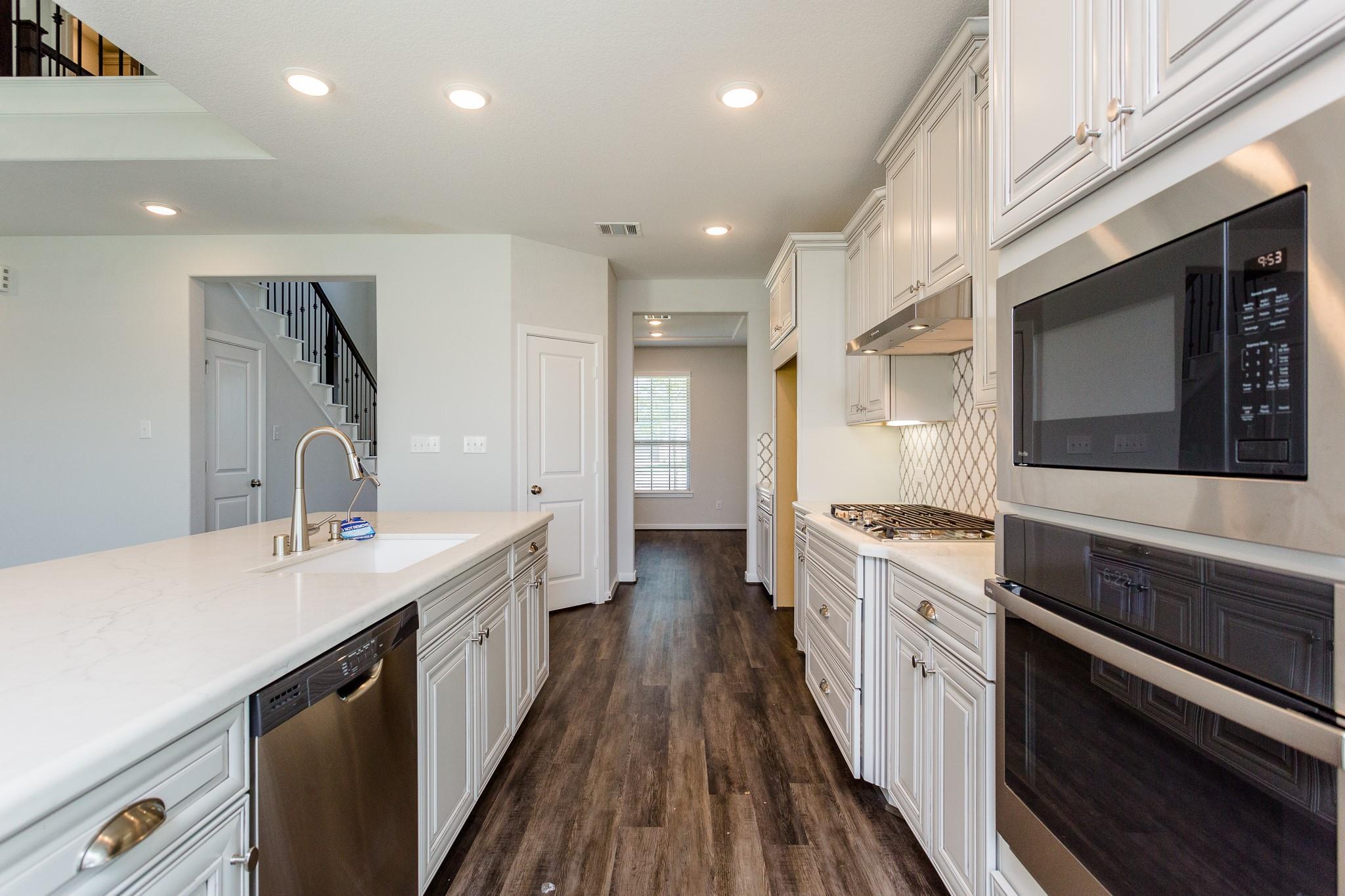 439 Barrios Bay Lane Property Photo 18