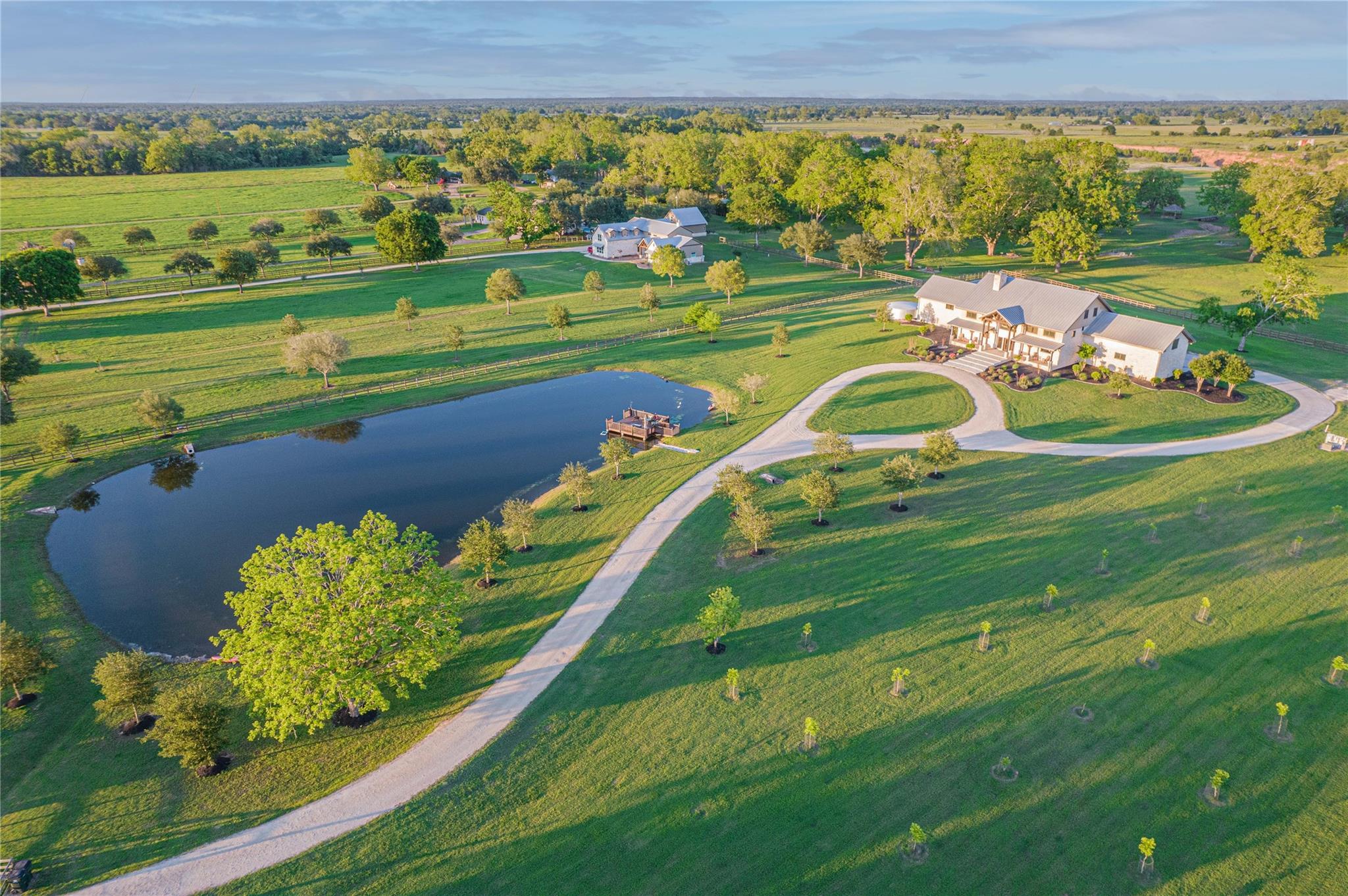 1000 River Trace Drive Property Photo 1