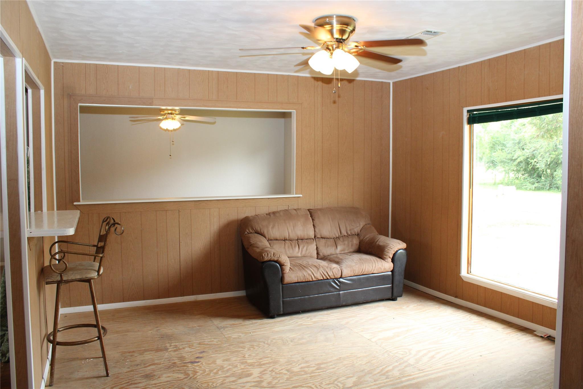 522 E Franklin Street Property Photo 5