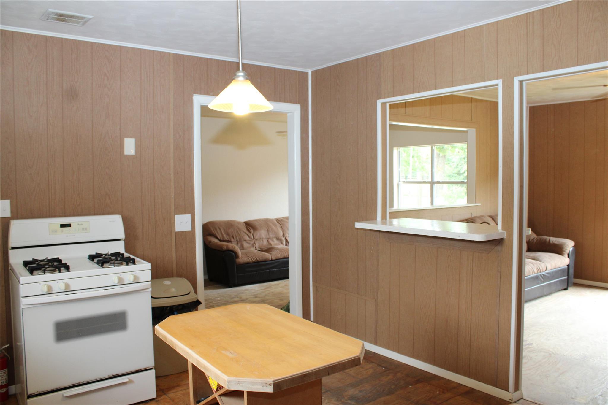 522 E Franklin Street Property Photo 10