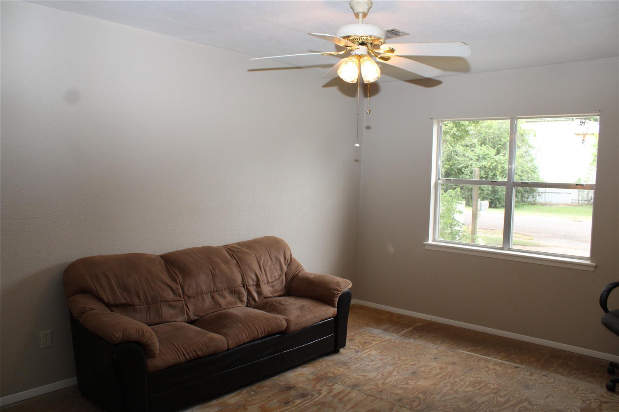 522 E Franklin Street Property Photo 14