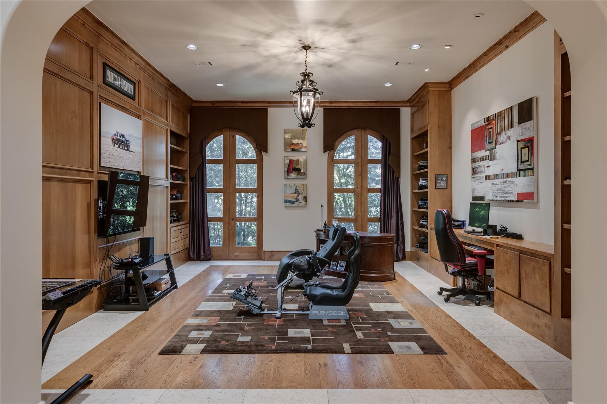 701 W Friar Tuck Lane Property Photo 24