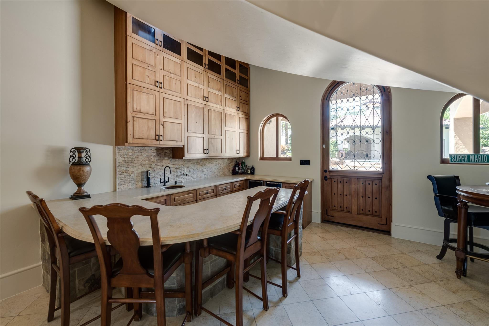 701 W Friar Tuck Lane Property Photo 25