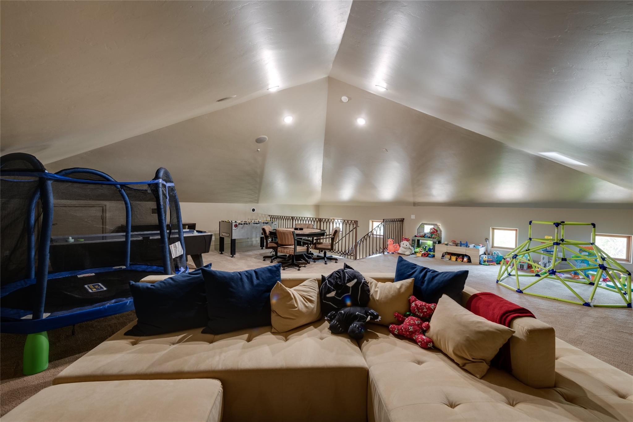 701 W Friar Tuck Lane Property Photo 40