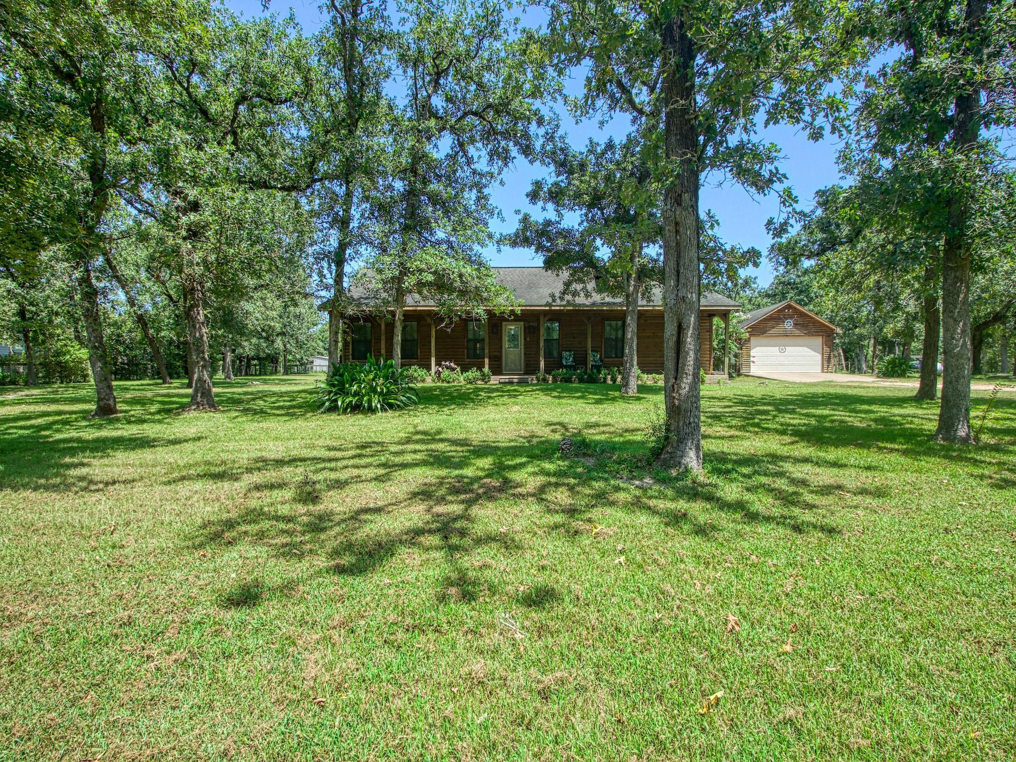 29130 E Lake Drive Property Photo 1