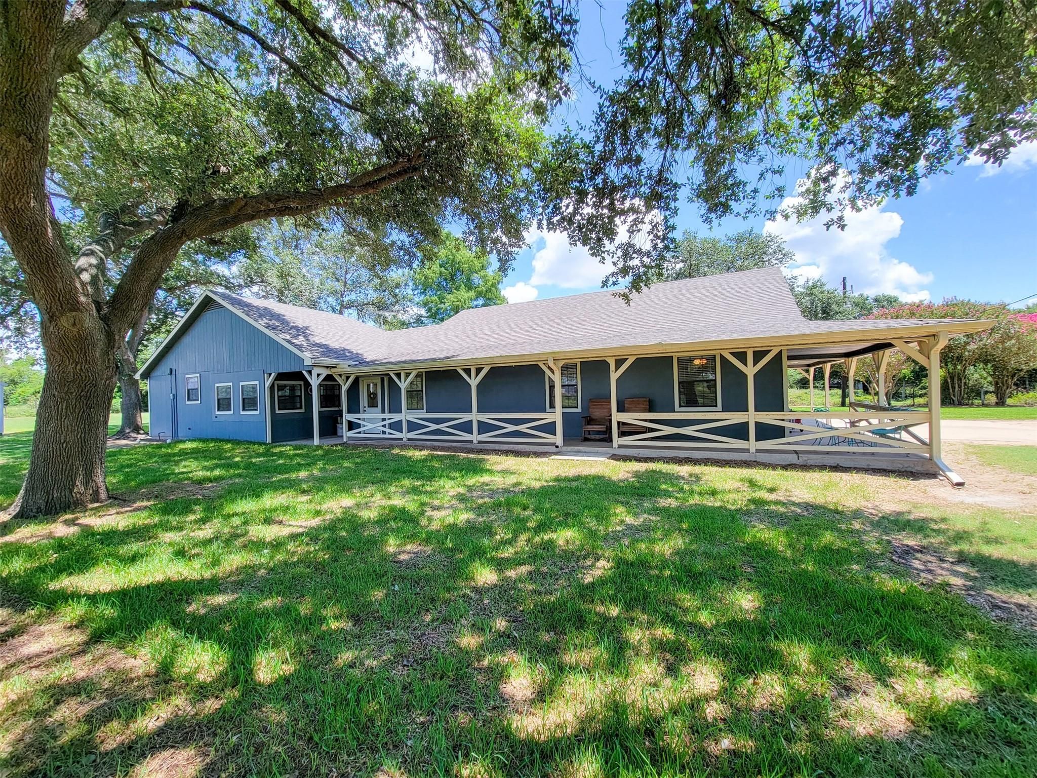660 Stockold Road Property Photo 1