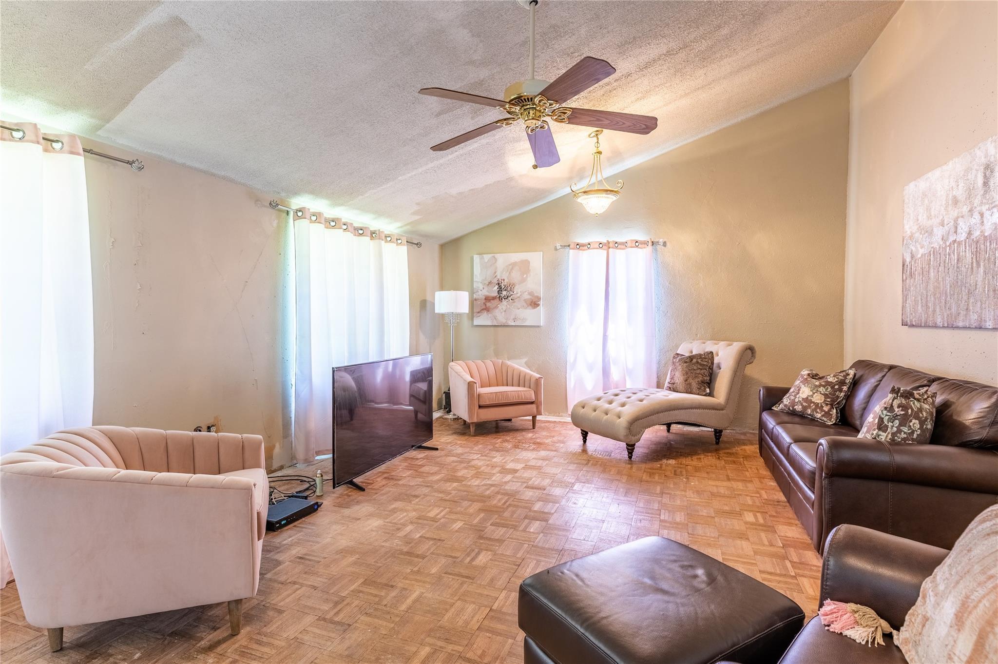 3109 Andricks Road Property Photo 4