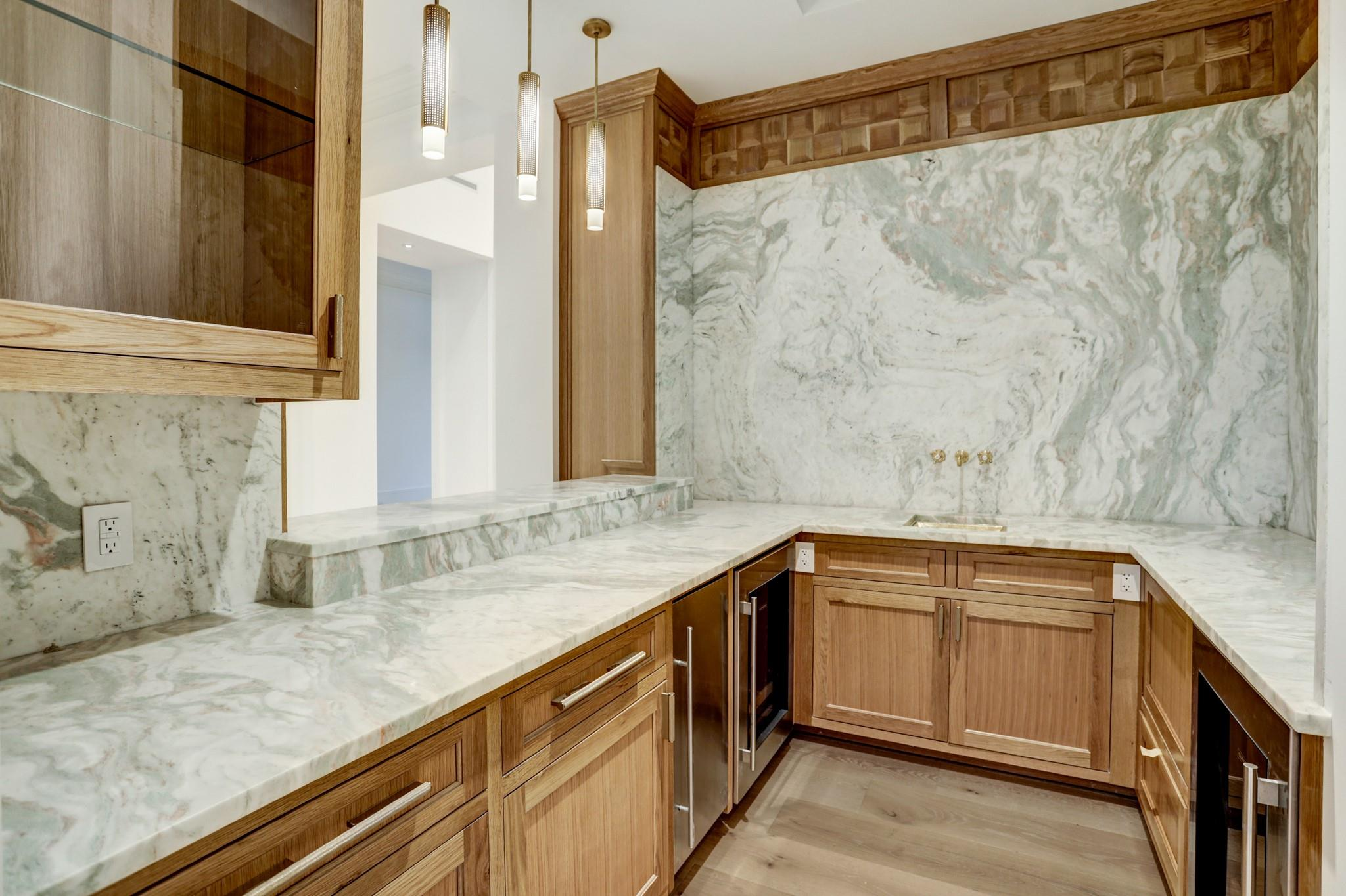 3001 Inwood Drive Property Photo 27