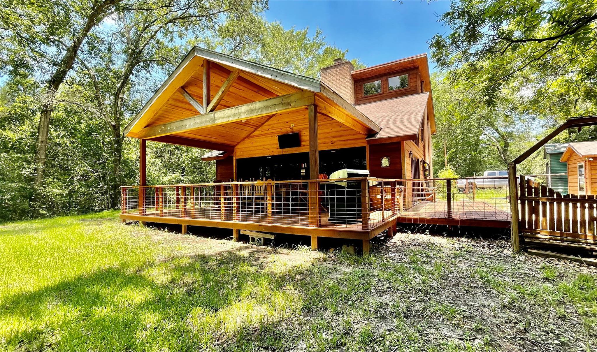 636 Piney Creek Road Property Photo 1