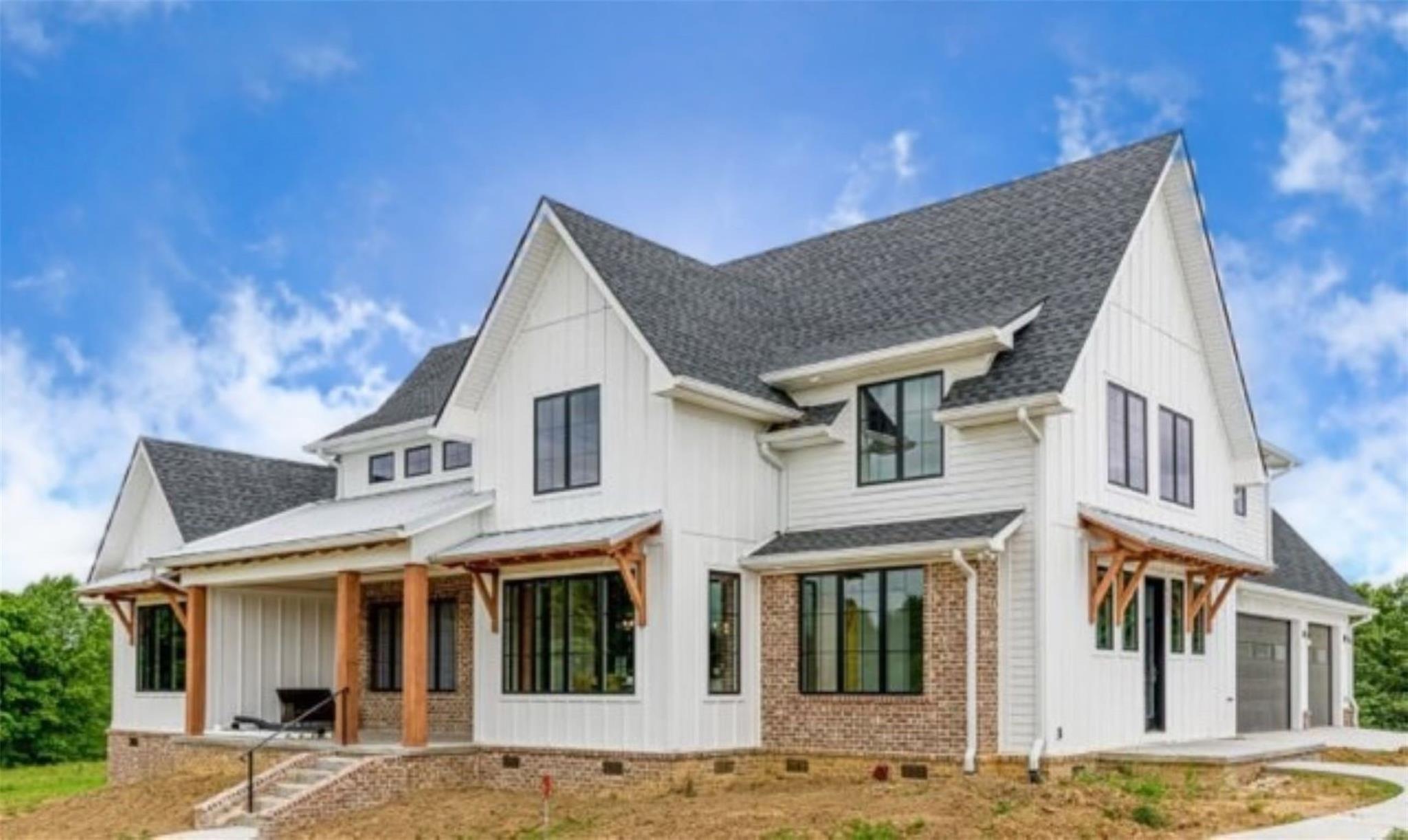 4 Chappell Creek Lane Property Photo 1