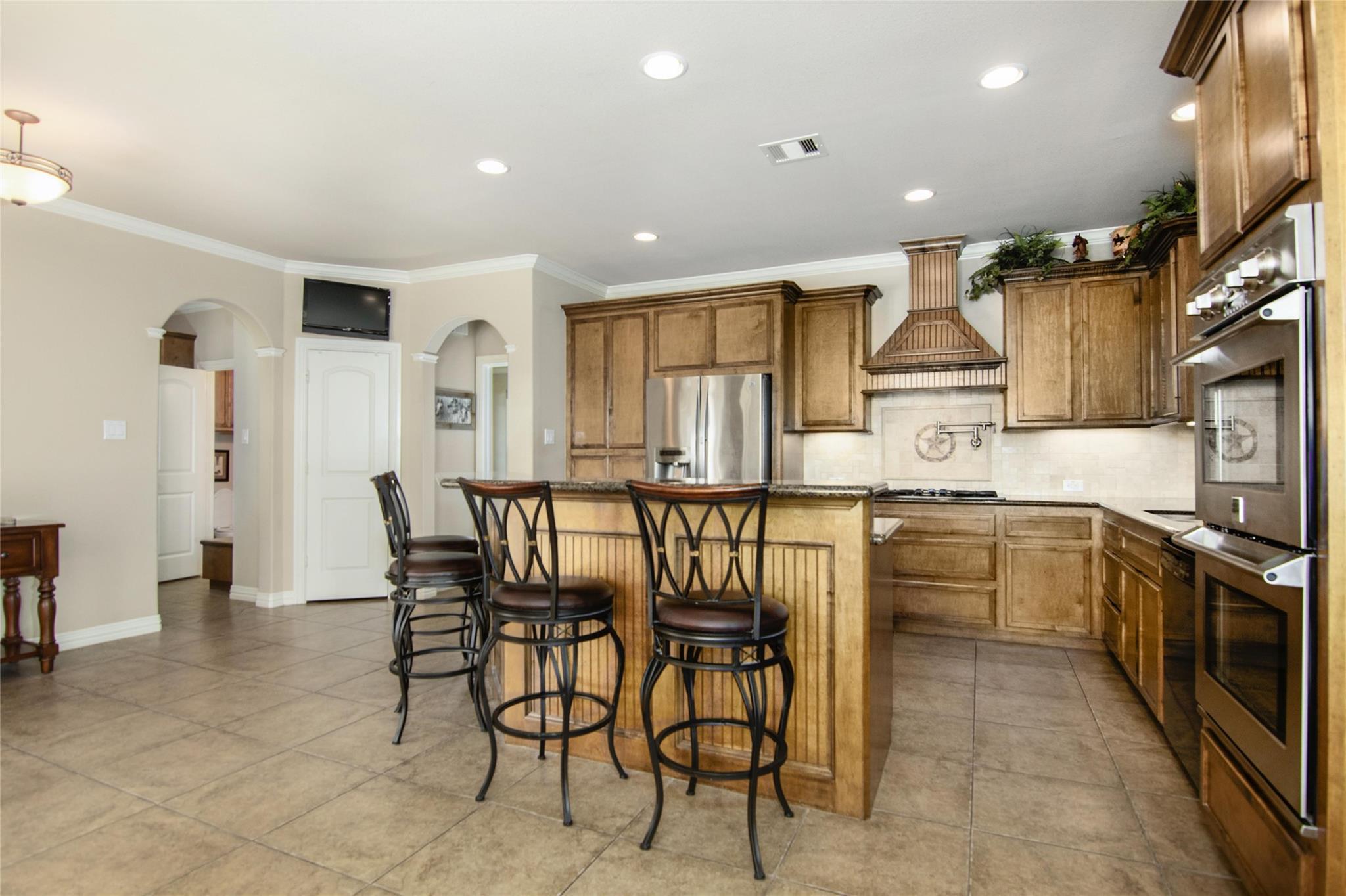 10283 N H Street Property Photo 11