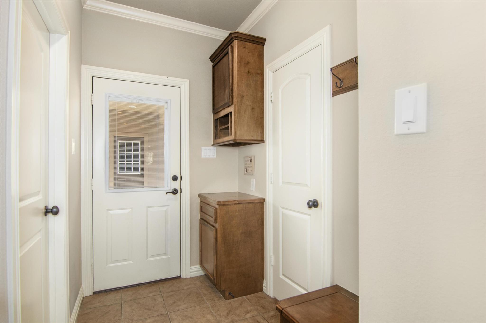 10283 N H Street Property Photo 21