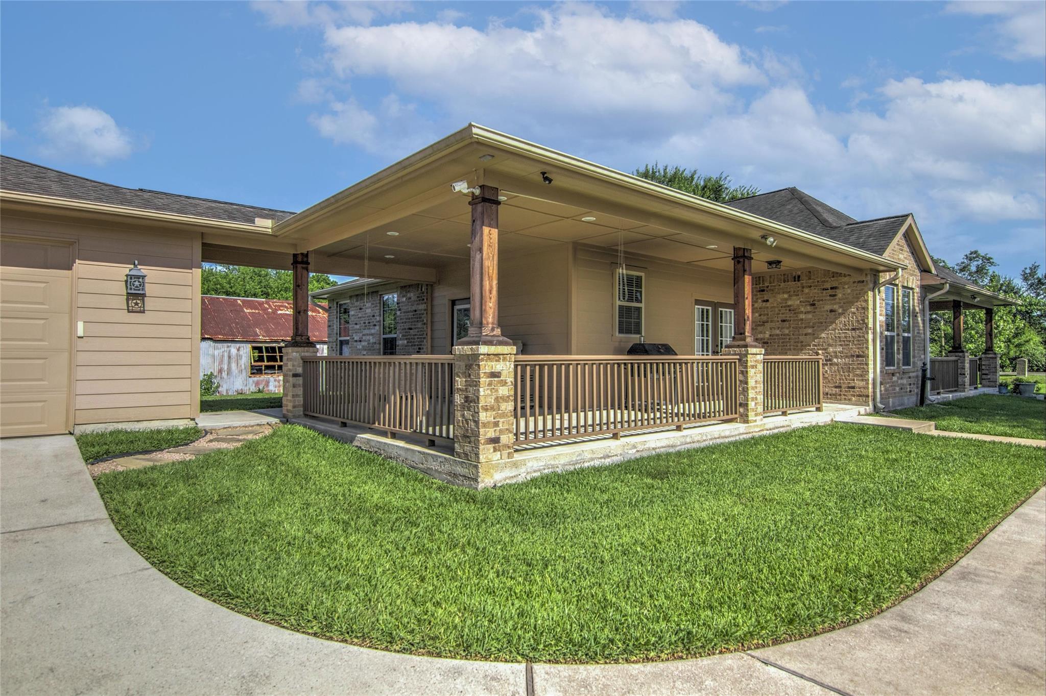 10283 N H Street Property Photo 29