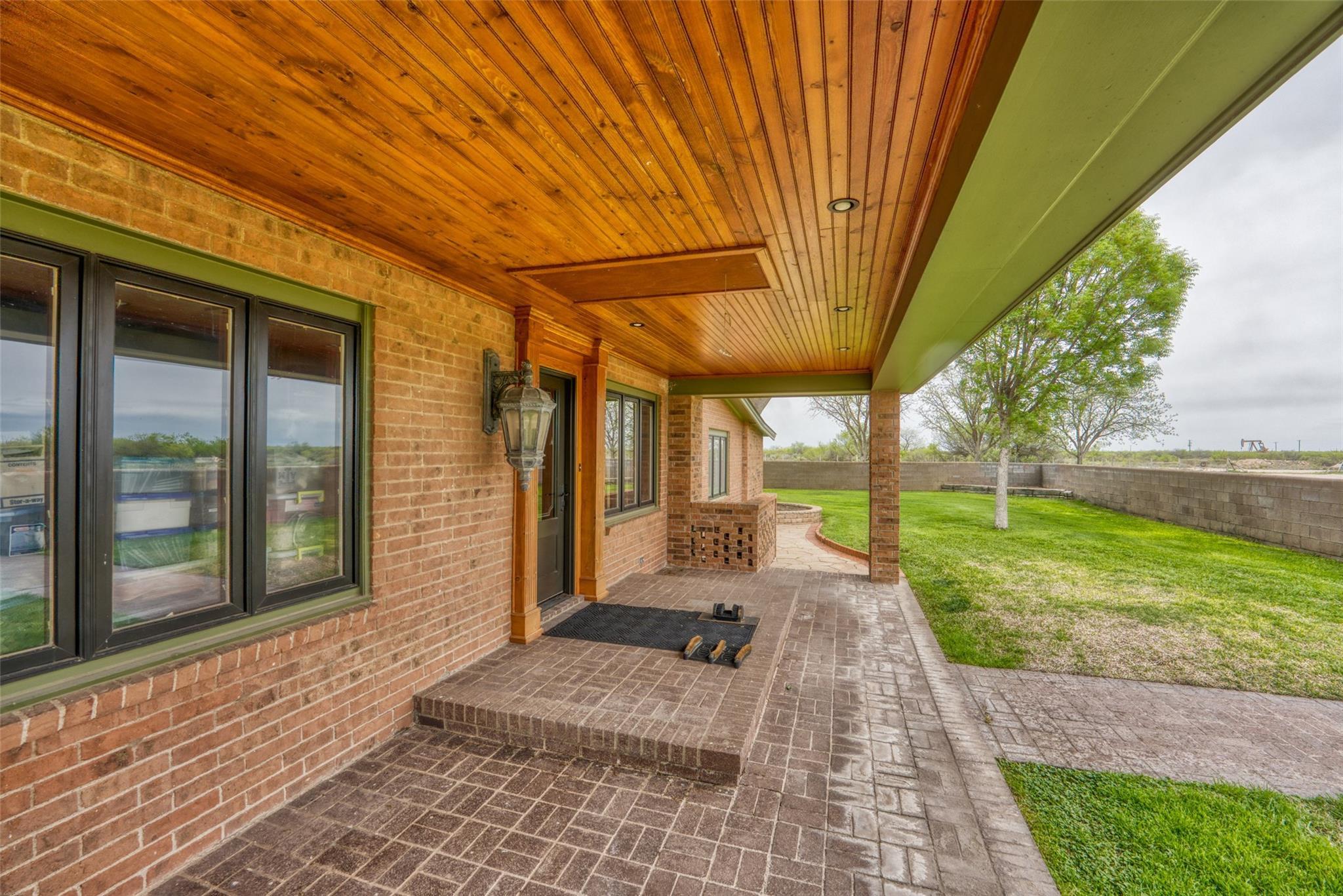 4696 J Bar Ranch Road Property Photo 5