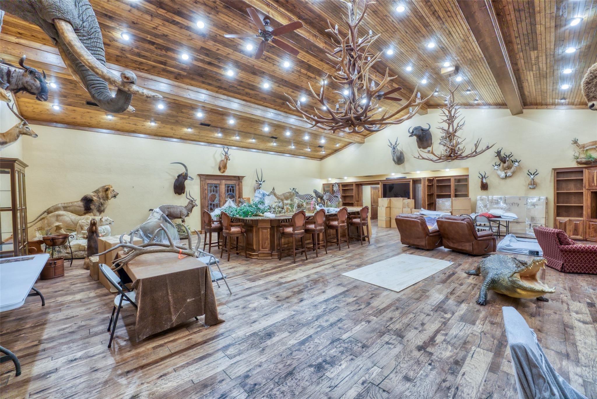 4696 J Bar Ranch Road Property Photo 16