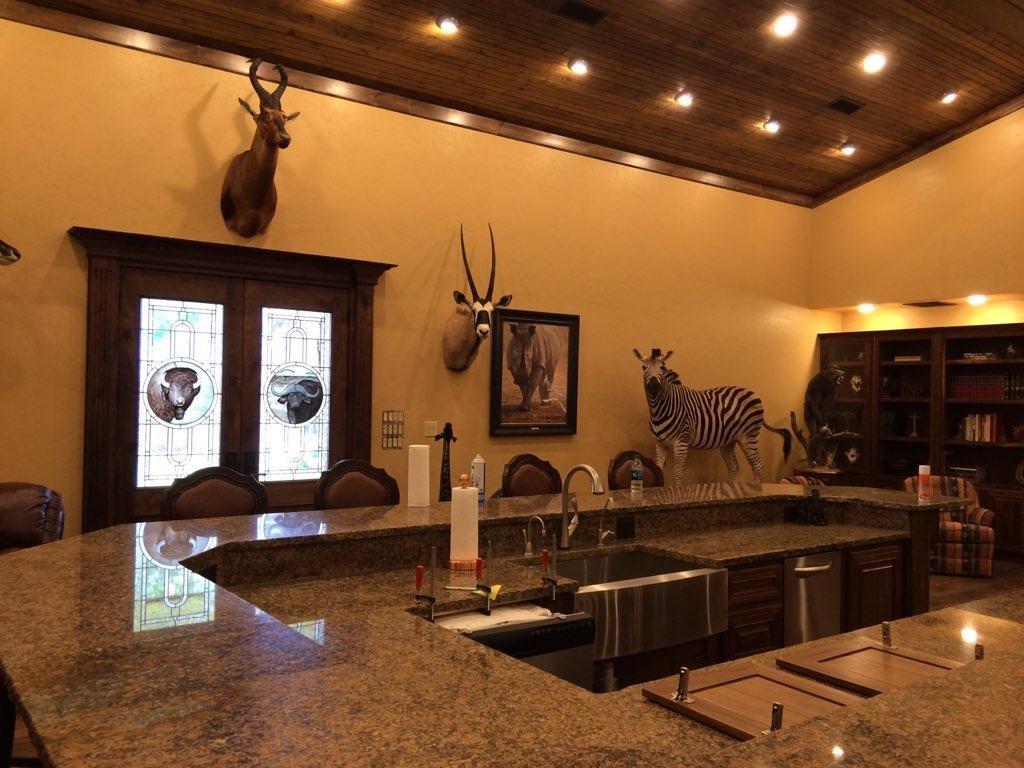 4696 J Bar Ranch Road Property Photo 17