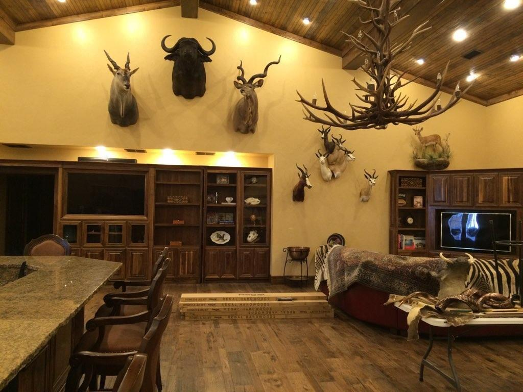 4696 J Bar Ranch Road Property Photo 18