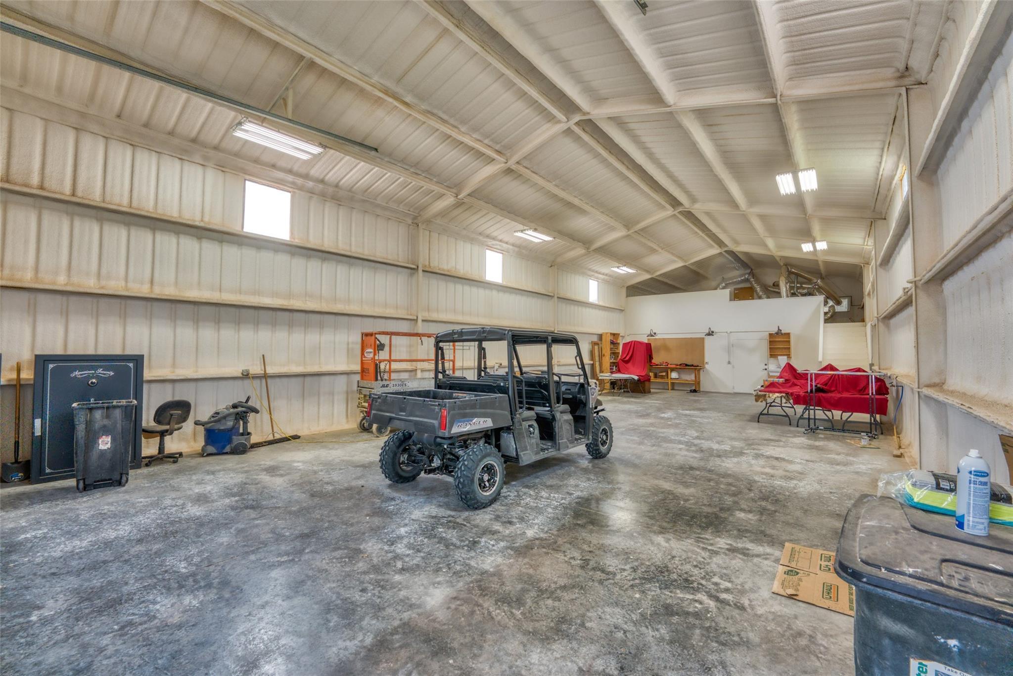4696 J Bar Ranch Road Property Photo 23