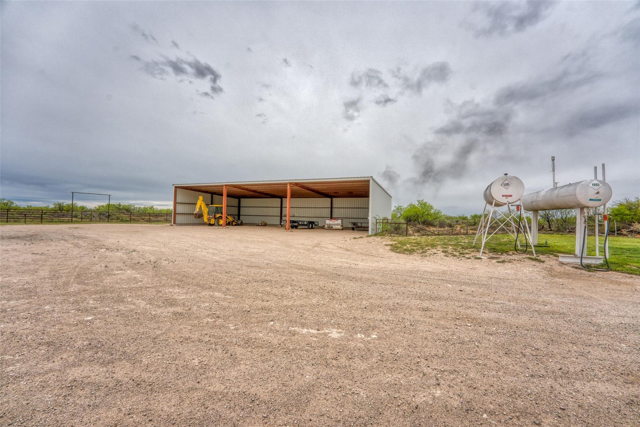4696 J Bar Ranch Road Property Photo 25
