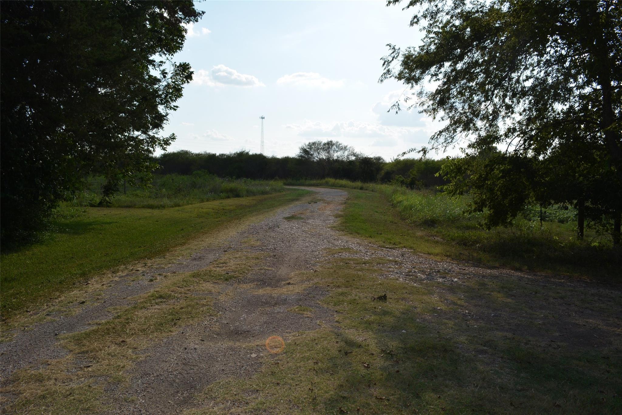 6807 Highway 290 E Property Photo 1