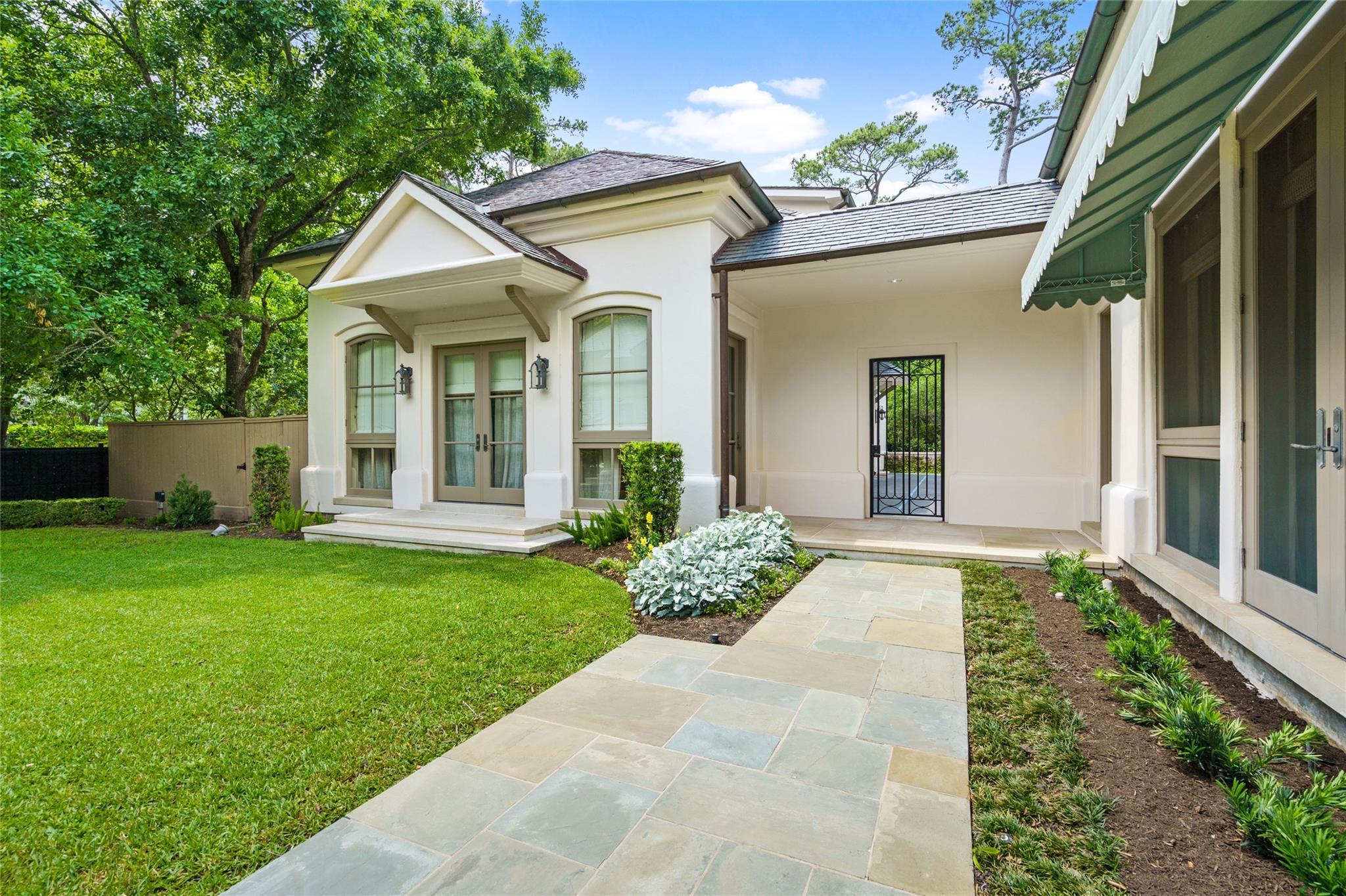 325 W Friar Tuck Lane Property Photo 20