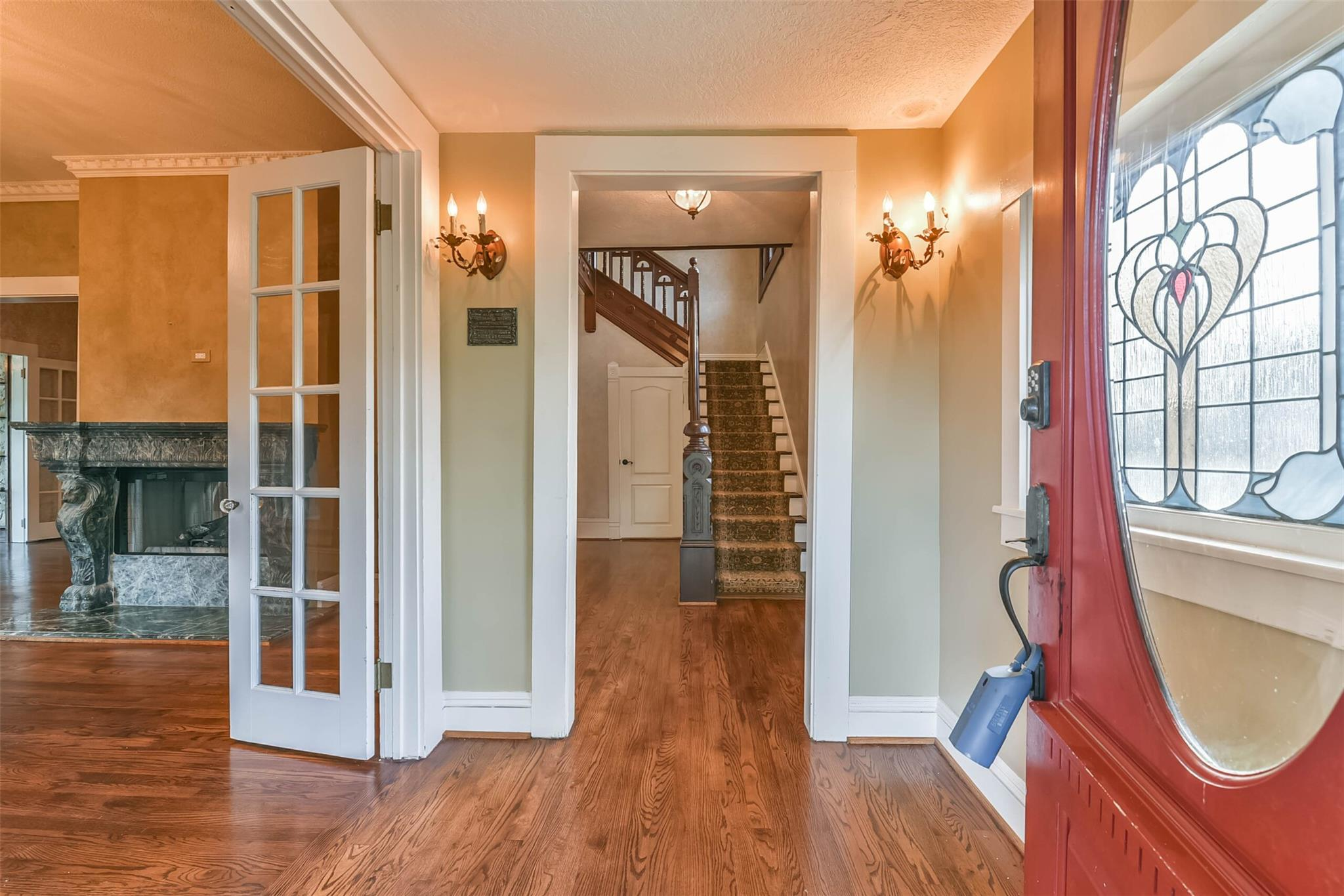 916 S Virginia Street Property Photo 4