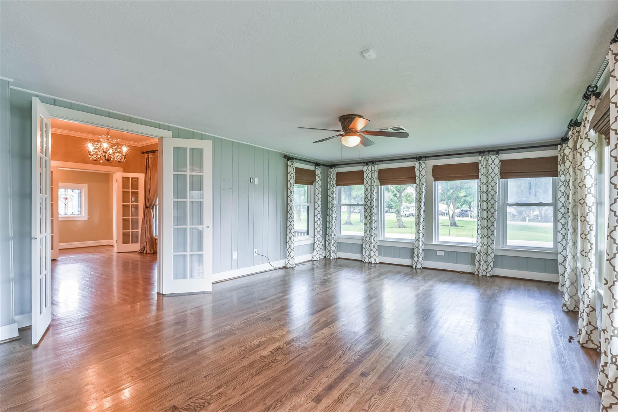 916 S Virginia Street Property Photo 14