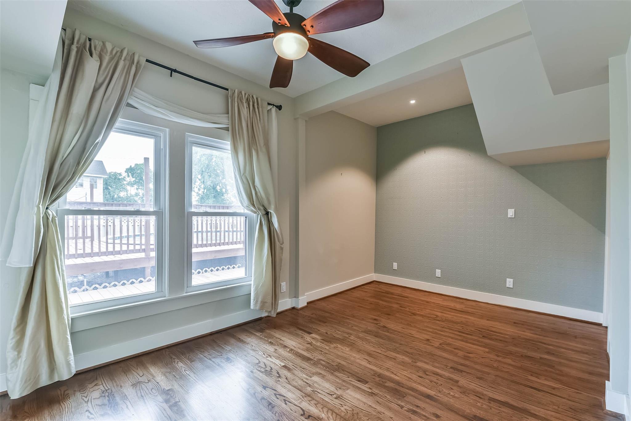 916 S Virginia Street Property Photo 18