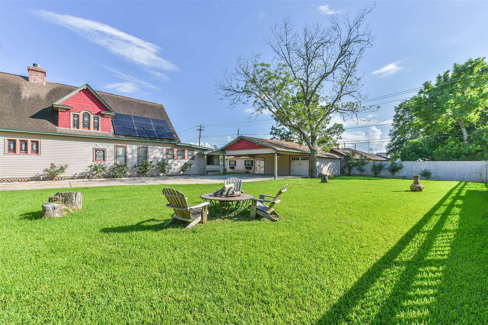916 S Virginia Street Property Photo 23