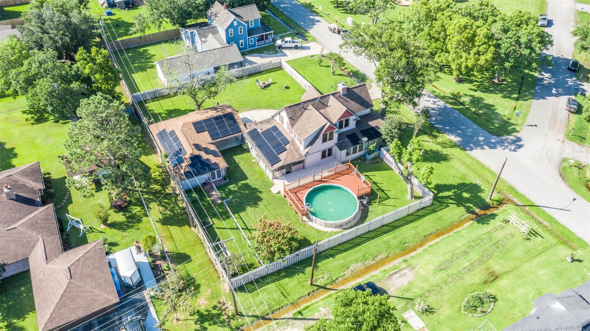 916 S Virginia Street Property Photo 24