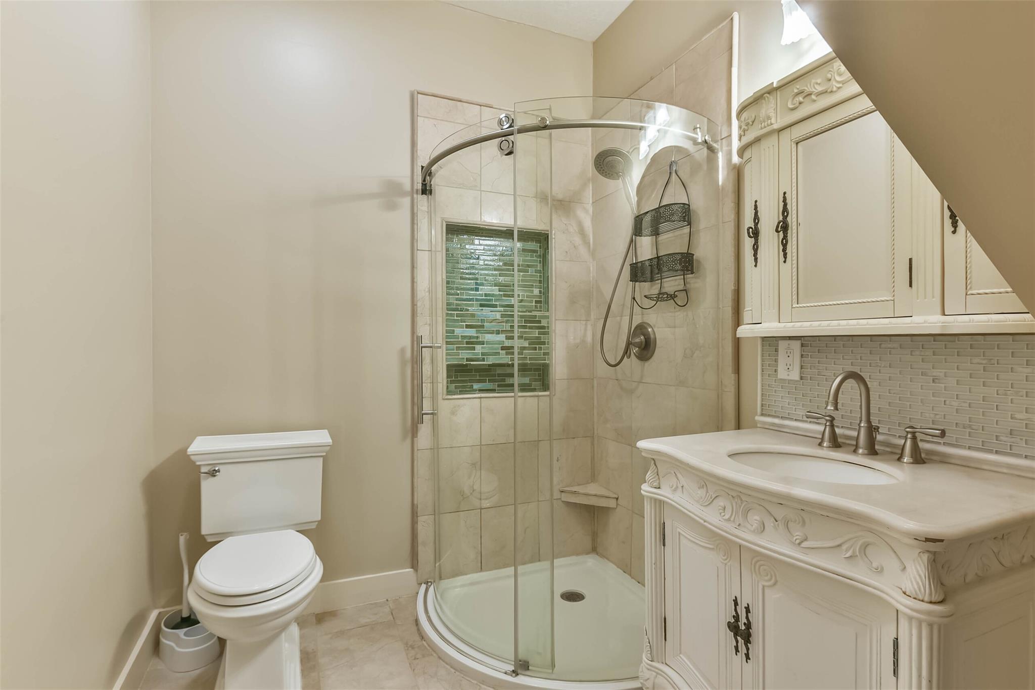 916 S Virginia Street Property Photo 25