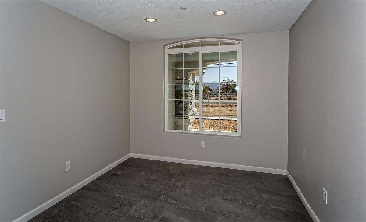 8915 Avocado Avenue Property Photo 4