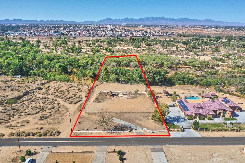 14440 Riverside Drive Property Photo 1