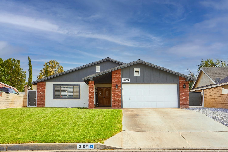 13162 Schooner Drive Property Photo 1